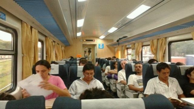 Comenzaron a circular trenes nuevos en el roca for Ministerio del interior como llegar