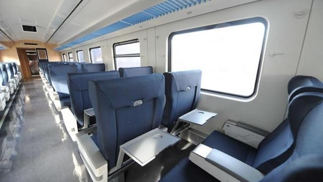 Cómo son los nuevos trenes del Roca que presentó Cristina