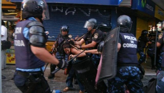 Protestaron contra la represión policial en Córdoba