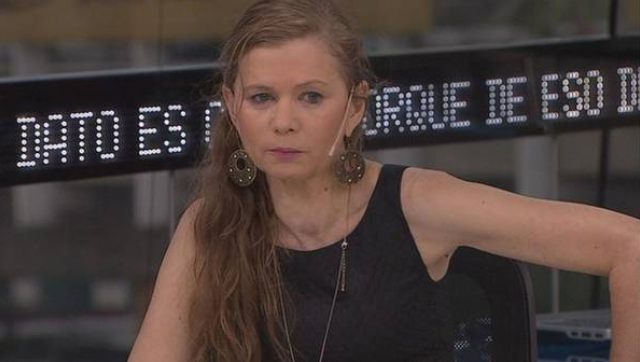 Denuncian que periodista supuestamente amenazada trabaja para servicios secretos extranjeros