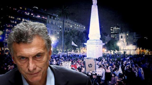 Importante marcha en varios puntos del país en contra de Macri