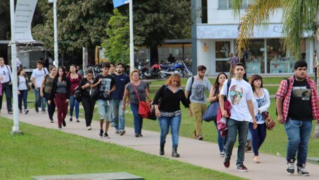 Universidad pública rechazó el pedido de información a los estudiantes extranjeros