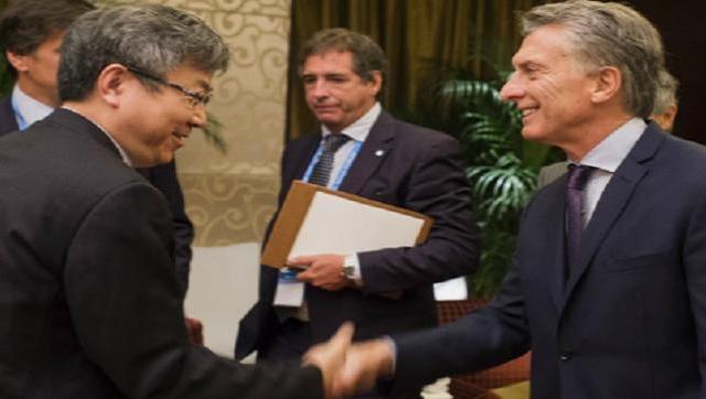 Macri cerró el negocio de los autos eléctricos con Chery, y en Argentina Chery es Socma!