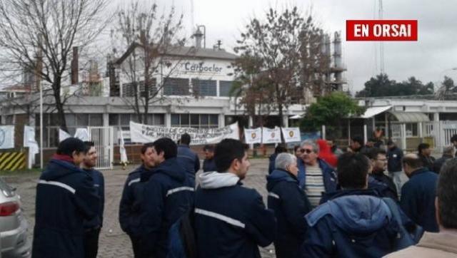 Despiden a más de 130 trabajadores en Carboclor: la empresa cierra su producción
