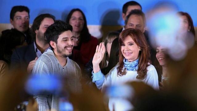"""CFK: """"Estamos discutiendo del trabajo y de la comida que no alcanza"""""""