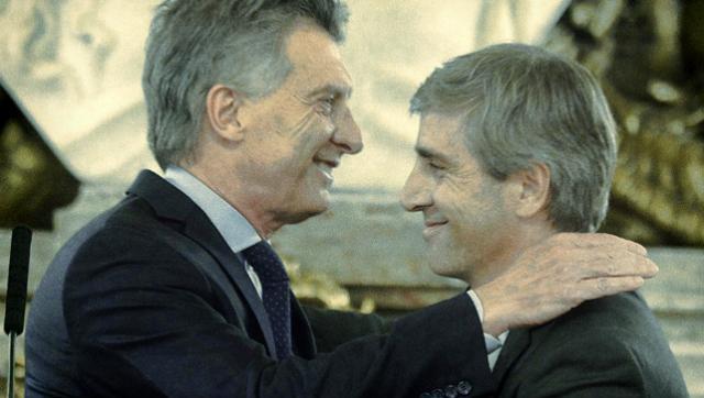 Caputo tenía fondos offshore para invertir en bonos en Argentina