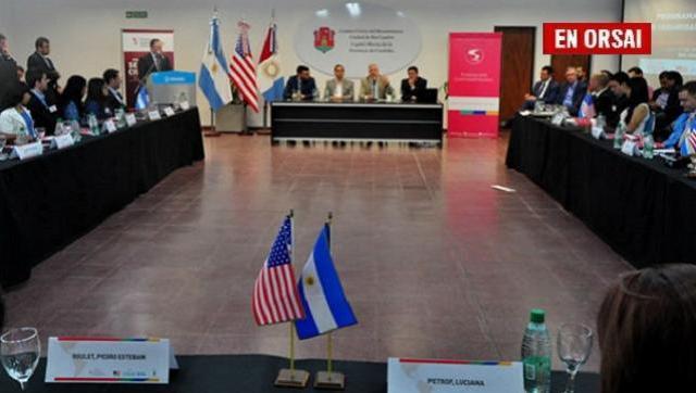 La embajada de Estados Unidos y una fundación PRO adoctrinan sobre seguridad