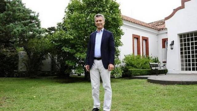 Macri compró millonarias palmeras para Olivos por 200 mil pesos con tu plata