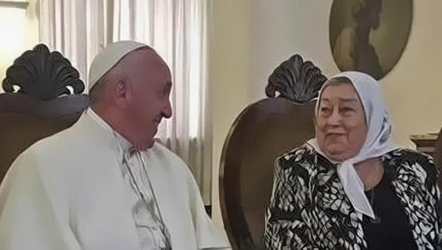 El Papa le envió una emotiva carta a Bonafini en medio de los ataques del macrismo