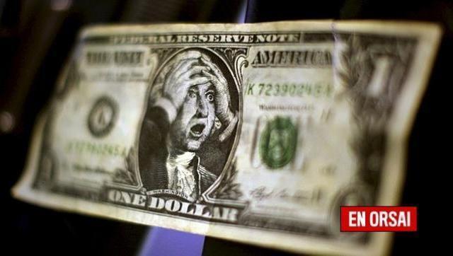 El dólar cerró a 20,69 pesos, un centavo menos que el record que se había marcado el día anterior. En cinco días subió 25 centavos.