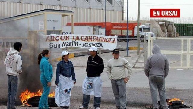 Luego de halagar a Macri, Arcor despide 200 trabajadores en Mendoza