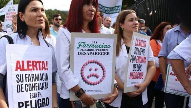 Farmacéuticos respondieron la editorial de La Nación a favor de los farmashopings