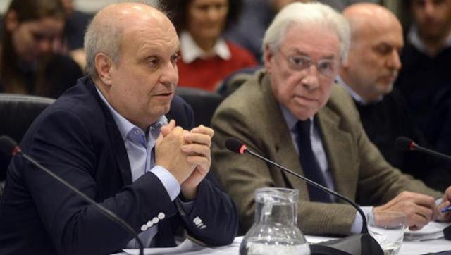 Lombardi justificó los despidos y avaló la persecución ideológica en Diputados