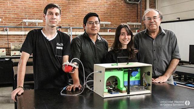 Jóvenes estudiantes e investigadores universitarios crearon un simulador de corazón increíble