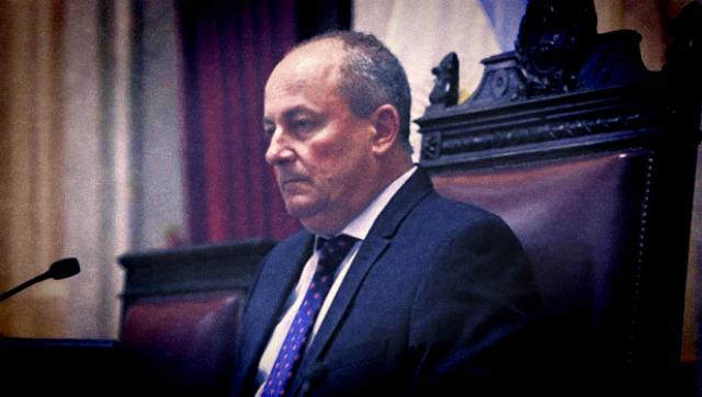 Denunciaron a senador radical por abuso en el Congreso