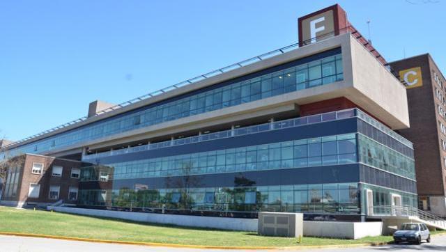Alertan por nueva ola de despidos en el hospital Posadas