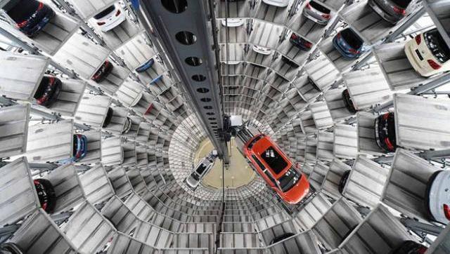 Industria automotriz en crisis: cayó más de 40% y ventas se desplomaron casi 60%