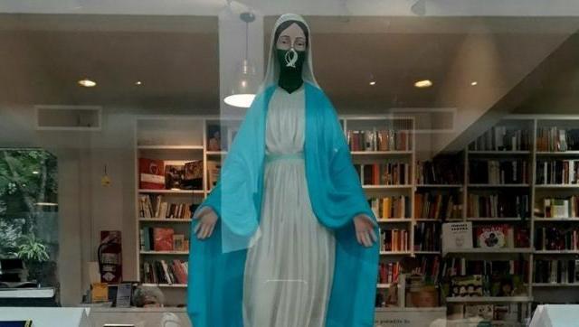 Denuncian censura en la ex Esma | Foto: Twitter Ordenaron reubicar a la virgen con pañuelo verde