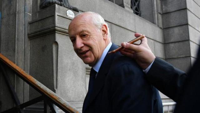 Lavagna concurrió a votar y casi invalidan su sufragio