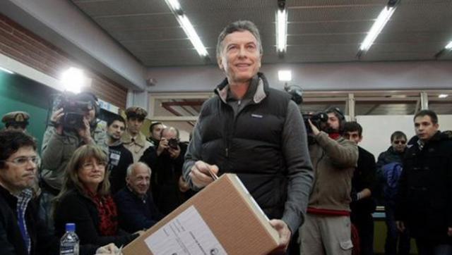 Macri rompió la veda y le volvió a hablar a los mercados el día de las elecciones