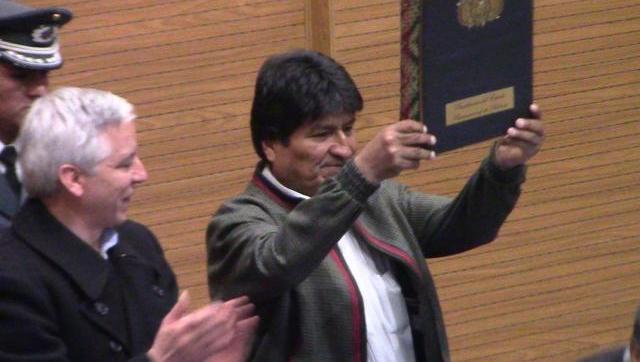 Evo Morales promulga Ley del Cáncer que dispone atención integral y gratuita