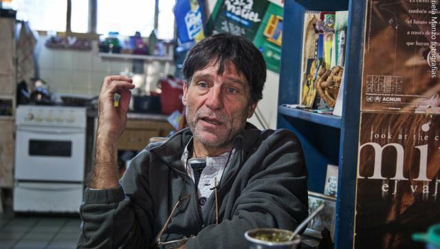 """Padre 'Paco' Olveira: """"Me duele el desprecio para los pobres de este modelo macrista"""