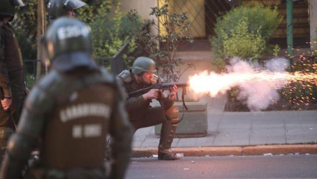 Tremenda represión: acusan a Piñera de delitos de lesa humanidad en Chile