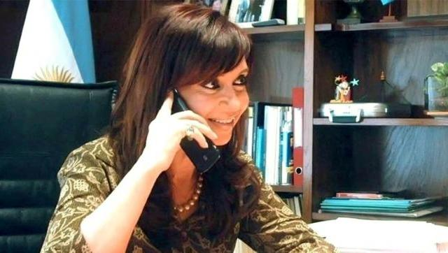 Cristina Kirchner llamó a intendentes para