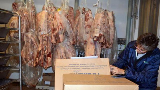 Clausuran un supermercado de la familia Peña Braun por intentar vender carne podrida