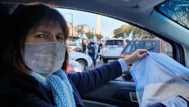 Bullrich no respetó la cuarentena y asistió a la marcha contra el Gobierno