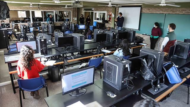 Universidad Pública inauguró un Centro de Telemedicina para detección de covid-19