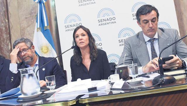 La Oficina Anticorrupción denunció a exministros macristas por las vacunas vencidas