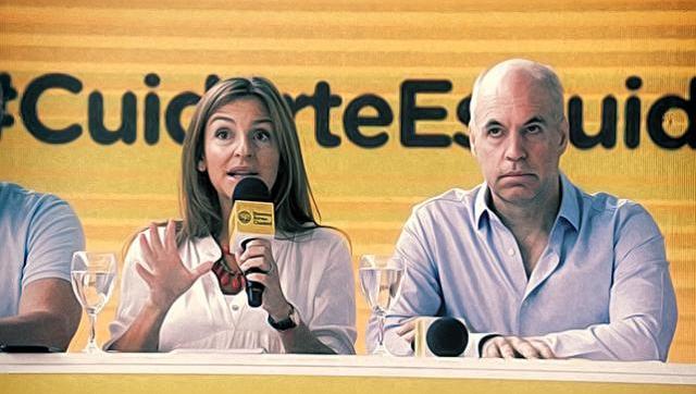 Silencio atroz del Gobierno porteño por el ataque macartista de Acuña a los docentes