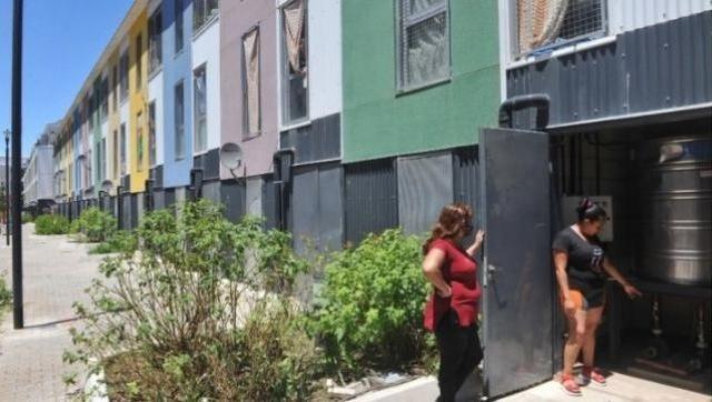 Serias deficiencias en las viviendas entregadas por Larreta Villa 31