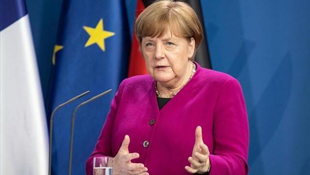En Alemania Angela Merkel aseguró que no reabrirá las escuelas por el riesgo contra el Covid
