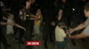 La Asamblea Permanente por los Derechos Humanos (APDH) condenó el violento desalojo de una madre y sus ocho hijos/as, realizado en CABA
