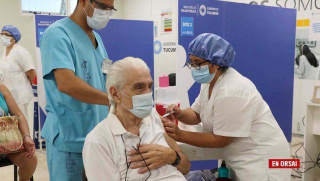 Según estudio en Reino Unido, retrasar la segunda dosis de la vacuna aumenta la inmunización