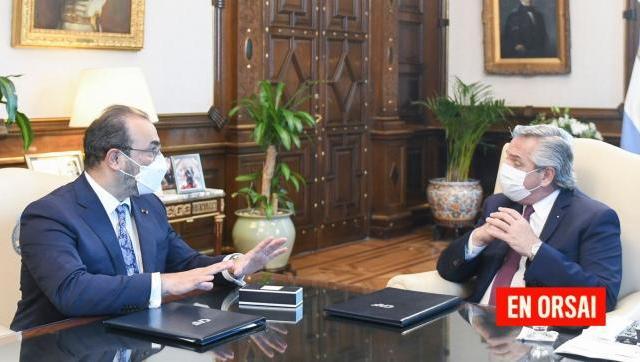 Alberto se reunió con el titular del Banco de Desarrollo de AL quien acordó financiamiento por 2.670 millones de dólares